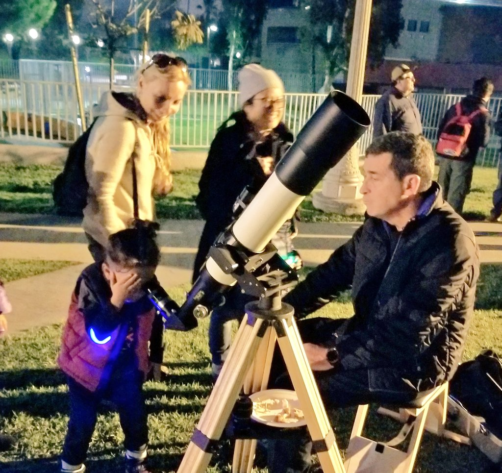Telescope Use at the Neighborhood Astronomy Night